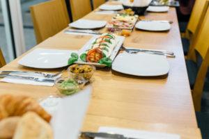 Tischgedeck bei einem Baristaz-Cateringevent in Mainz.